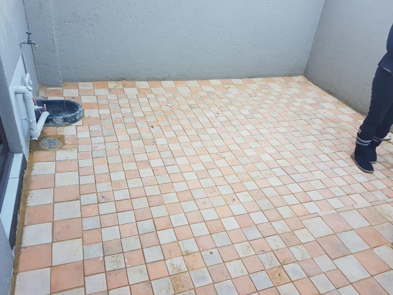 Quarteryard paving 110 x 110 x 50 square cobble paving
