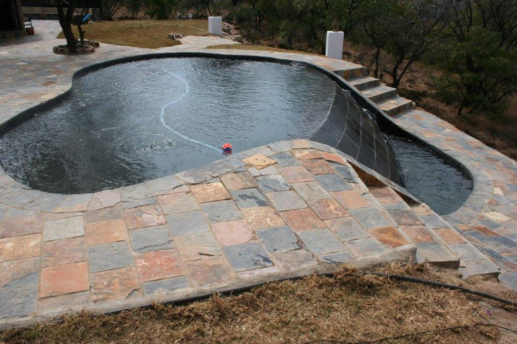 Rich Autumn Slate Tile poolside paving