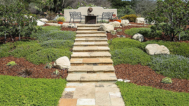 Flagstone paving pattern