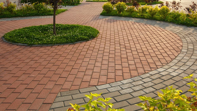 Running bond paving pattern